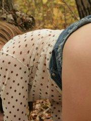 Pictures of teen Andi Pink flashing outside