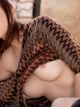 Hot girl Hayden Winters strips for you outside