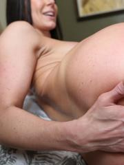 Busty babe Kendra Lust bounces her big ass on a hard cock