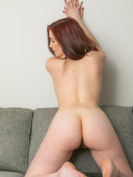 redhead ass nude feet soles painted-toes