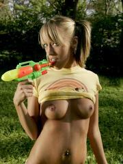 Daisys perky tits are soaked in the water fight
