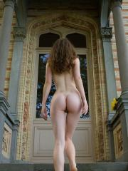 Femjoy's Susann in Tradition