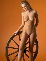 Femjoy's Kinga in The Wheel