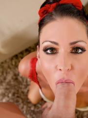 Jessica Jaymes shows why she is the Queen of blowjobs