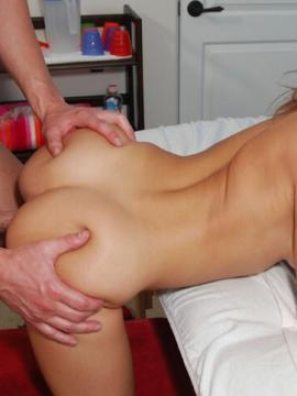 Nice booty girl has hard sex with her massage therapist