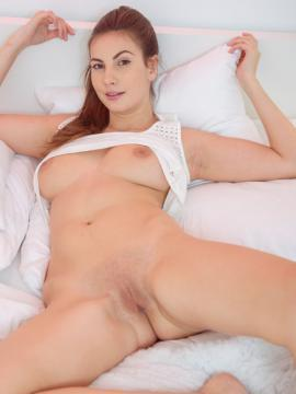 pussy Connie carter