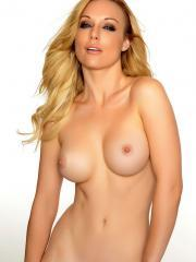 A special happy Valentine's from Kayden Kross