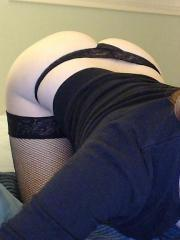 Lucy Ohara tries out her new webcam and has some fun while you sit back and watch