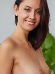 """Beautiful girl Sade Mare shows off her tight nude body in """"Fenna"""""""