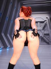 Redhead hottie Sexy Pattycake does a sexy Darth Vader cosplay