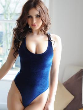Summer St Claire shows off her hot boobs in blue lingerie
