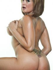 Pictures of busty girl Tory Lane playing with her vibrator