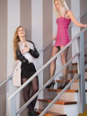 Alexis Crystal and Uma pleasure each other on the stairs